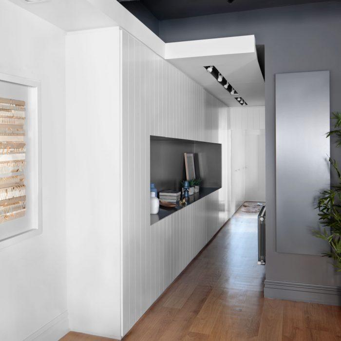 Pasillo proyecto de reforma de vivienda antigua en el centro de Bilbao