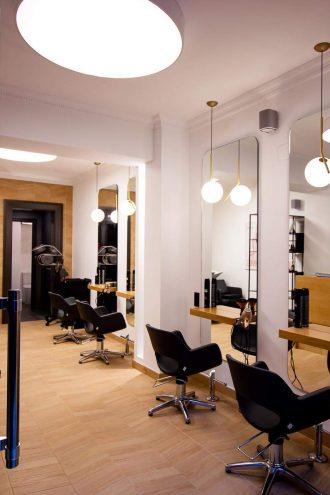 Vista general reforma de local comercial peluquería Santurtzi