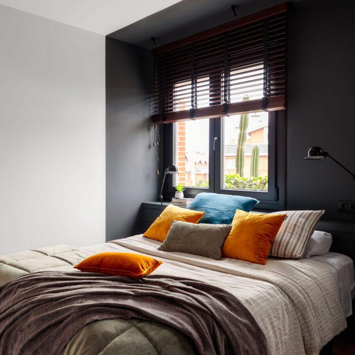 Dormitorio reforma de vivienda en Santa María de Getxo